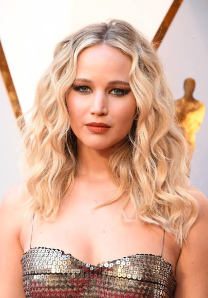cc2f5469f71f Oscar-2018: Jennifer Lawrence on the red carpet   Wirewag