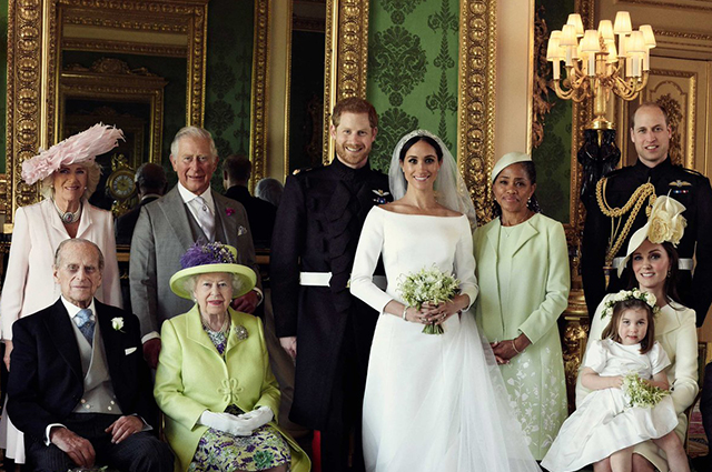 Official Wedding Photos.Official Wedding Portraits Of Prince Harry And Megan Markle