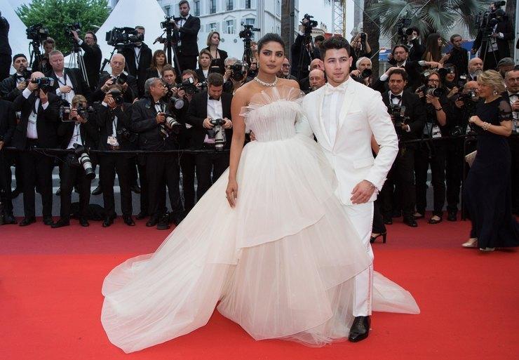 Priyanka Chopra And Nick Jonas In Wedding Dresses Went On The Red Carpet Wirewag